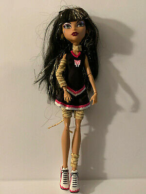 Monster High CLEO DE NILE Ghoul Spirit Fear Fearleading Squad Outfit Shoes