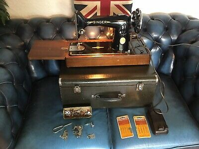 Vinage Electric Singer  Sewing Machine 201k With Travel Case