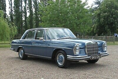 1971 Mercedes 280SE 69000 miles with 1 owner and Full Mercedes service history