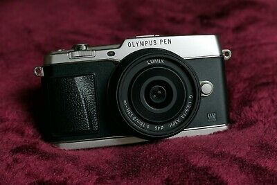 Olympus Pen E-P5 and Lumix 14mm 2.5 lens