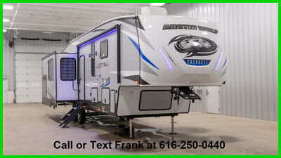 2020 Forest River Cherokee Arctic Wolf 3550 SUITE 5th wheel