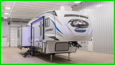 2020 Forest River Cherokee Arctic Wolf 298LB Fifth Wheel