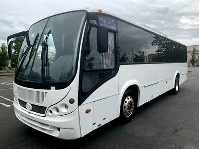 Coach Bus 33 Passengers w/ Lavatory and Underfloor Luggage 69k Original Miles!