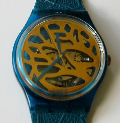 Vintage Swatch GN104 Blue Leaves Watch