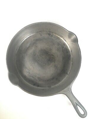 Vintage Griswold Cast Iron Pan 11 Inch Skillet No. 9 Erie PA 710 D Cookware