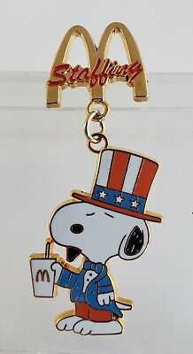 PEANUTS PATRIOTIC SNOOPY McDONALD'S STAFFING RETIRED PIN- FREE SHIPPING!