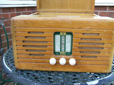 Vintage Monarch Record Player With  Bell Radio