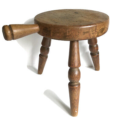Country Wooden Amish Milking Stool Three 3 Legs Handle Wood Barn Milk Chair