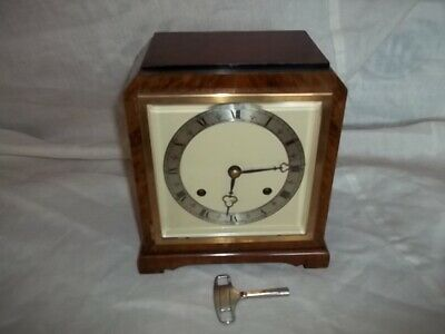 Elliot striking mantle clock