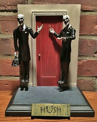 Buffy the Vampire Slayer Hush Gentlemen Diorama Statue Diamond Select toy figure