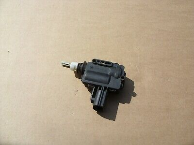 Ford Focus Estate Fuel Filler Flap Lock Solenoid Mk2 2005-11