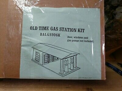 "Dee's Delights, Inc.  ""  OLD TIME GAS STATION DOLLHOUSE "" Kit 1"" scale"