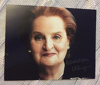 Madeleine Albright Signed 8x10 Photo First Female Secretary Of State Autographed