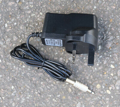 Leica Rugby 100 replacement charger, 240 Volt