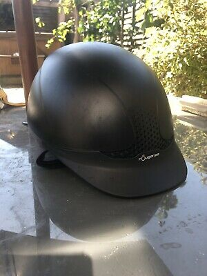 Fouganza Horseriding Safety hat for children, size 55-57cm. Barely used.