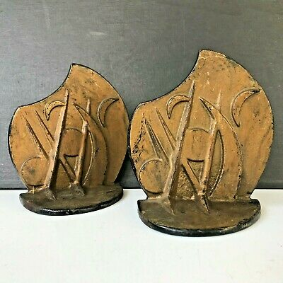 Antique 1930's Wind In The Willows Art Deco Cast Iron Bookend