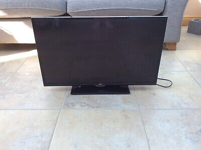 JVC LED 32 Inch TV With DVD Player, Excellent Condition
