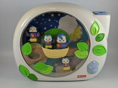Fisher Price FLUTTERBYE Dreams LULLABY BIRDIES Baby Crib Soother