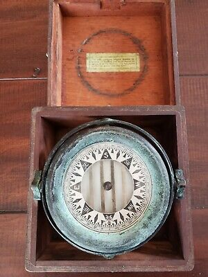 Antique CW Maritime Nautical Compass In Wooden Box
