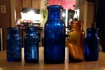 Antique Vintage lot Of 4 Cobalt Blue Bromo Seltzer Bottles + 1 Amber