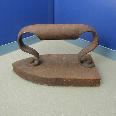 Antique Cast Sad Iron Old Flat Pressed Vintage 13