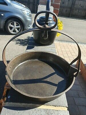 Very rare Cast iron gypsy ,Scottish pan with cooking lid 11inc Top 10inc bottom