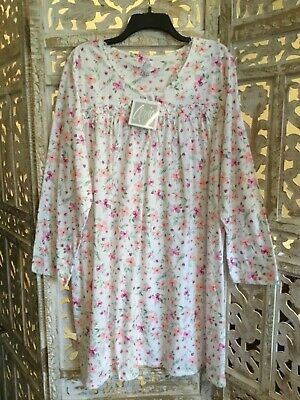 NWT Aria Women's Long Sleeve Nightgown Plus Size 1X Floral Smocked Front
