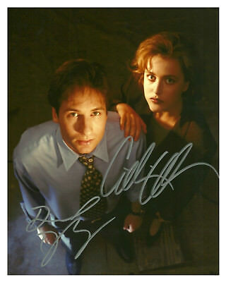 -- X-FILES --DAVID DUCHOVNY & GILLIAN ANDERSON Autographed 8x10 glossy Reprint