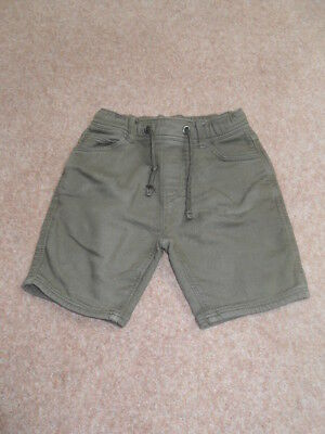 Boy's Khaki Shorts from Marks and Spencer. Size 6-7 years.