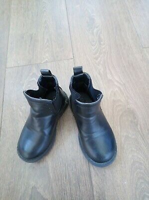 Toddler Boys Black Size 7 Chelsea Boots Mint Condition WORN ONCE Mint Condition