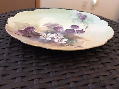 """Hand Painted Berries & White Floral Plate, 8 1/2"""" Unbranded (Nf)"""