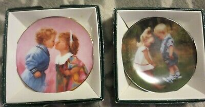 """Lot of 2 Zolan Mini Collector Plates: """"Tender Hearts"""" and """"New Shoes"""" 3"""""""
