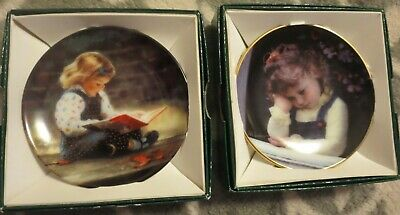 """Lot of 2 Mini Collector Plates: Zolan's """"Quiet Time"""" and Anders' """"Time Out"""" 3"""""""