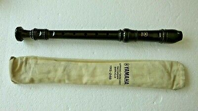 Genuine Yamaha YRS-24B Soprano / Descant Recorder with Baroque Fingering withbag