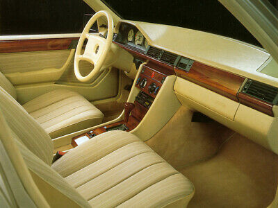 Mercedes W124 coupe Carat Duchatelet wood interior