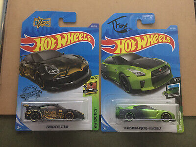 Skyline and Porsche Lot of 2 Nice Cards 1//64 Hot Wheels Tanner Fox Variation