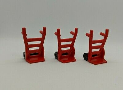 LEGO UTENSIL ~ 2 x RED HAND TRUCK ~ 2495 2496 ~ USED EXCELLENT CONDITION
