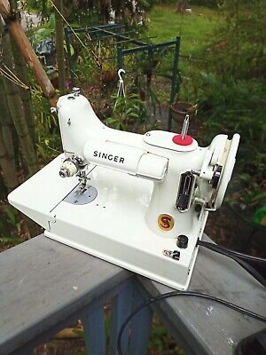 1964 WHITE Singer Featherweight Sewing Machine 221k with Green Blue Case