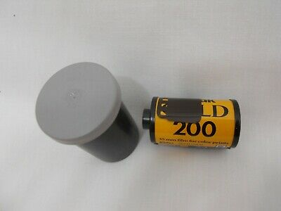 New Kodak Gold 200 / 24 Exposure 10 available 35mm Film Roll Color A