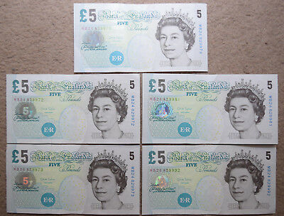 Bank of England: 5 x £5 Pounds banknotes in AUNC Condition. Salmon. MB24 829972
