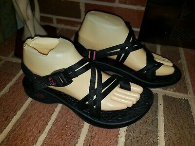 CHACO Black Strappy Sandals Womens Size 8