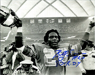 Billy Sims Signed Detroit Lions Running With Ball Action 8x10 Photo w//80 ROY