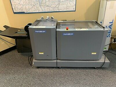 Duplo D120 bookletmaker with D120T trimmer