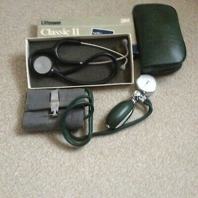 Littmann  Classis Ii With Blood Monitor Both Used