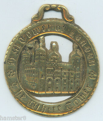 THE TOWER OF LONDON - THE WHITE TOWER ***LARGE***  Horse brass (N878)