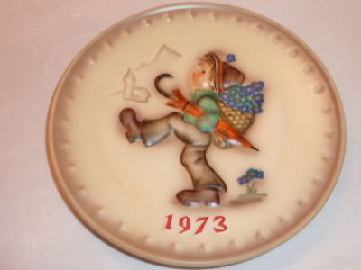 Hummel Plate 1973 Collectors Plate Mint Condition