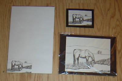 Horse Drinking Break Time 3 Piece Set-Notepad-Small Print and Magnet New
