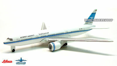 Schuco 1:600 #3551452 Boeing 77-200 Kuwait Airways