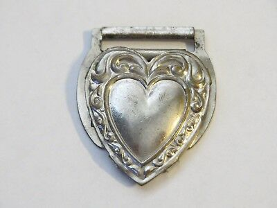 VICTORIAN Year 1900 METAL HEART SHAPED MAGIC CLASP