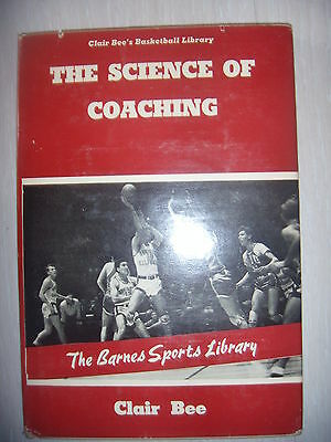 Basket entrainement: The science of coaching, book 1, 1942, BE